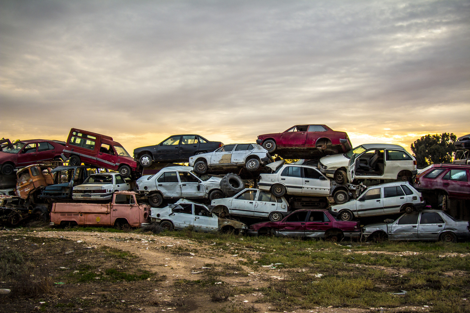 4 Important Tips For Scrap Auto Recycling